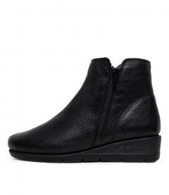 Mysaria Black Leather