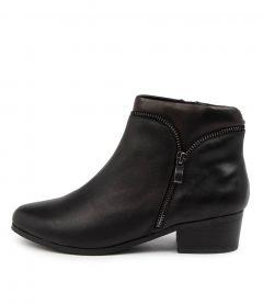 Evansdale2 Black Leather