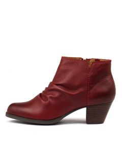 TARRYN RED LEATHER